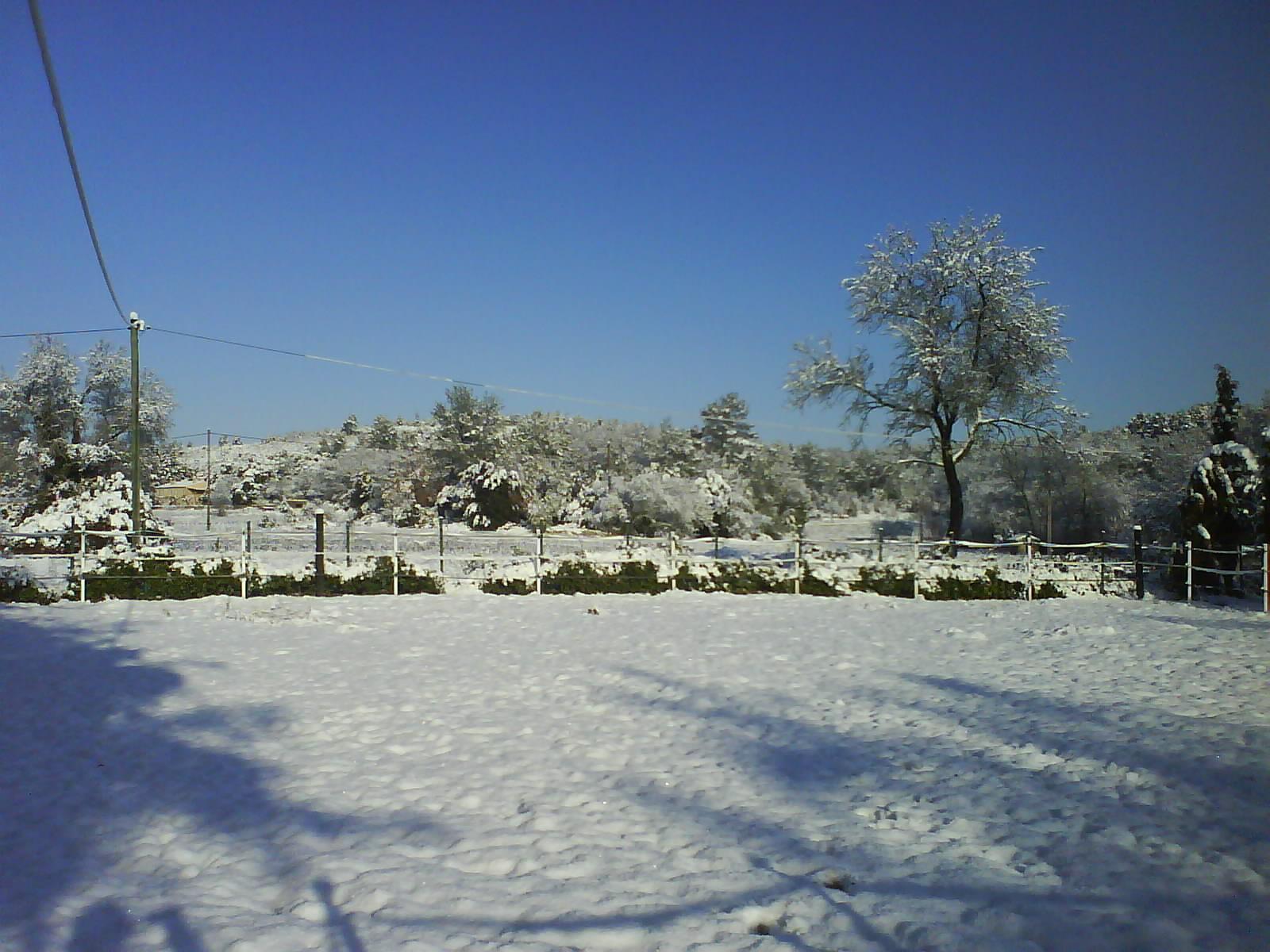 maison-1 février 2012-entrecasteaux